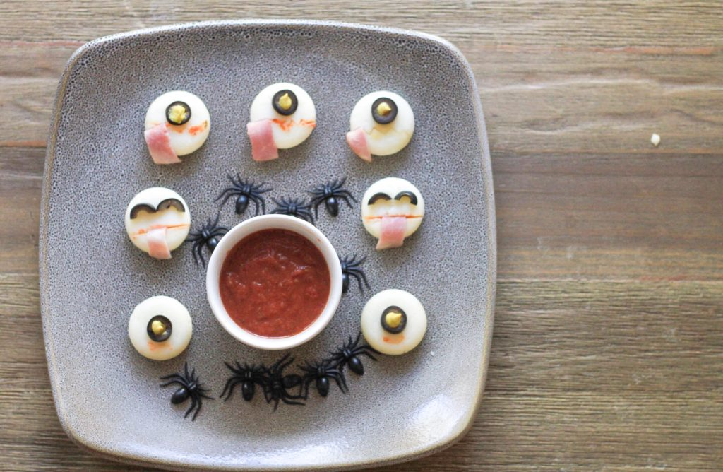 Halloween treats mommy blogger healthy Halloween babybel cheese creepy Halloween treats traveling family homeschooling family crafts for kids crafting with kids mom blogger Dad blogger Halloween with kids 2017 United States Virginia 2018 Washington DC traveling with kids wellness healthy Mom Blog 2018 Colombia coffee South America Childhood classical conversations