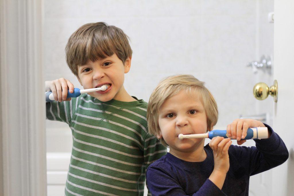 healthy teeth for kids oral health for kids mom blog dad blog wellness teeth brushing chart free printable homeschooling 2017 2018 travel blog traveling with kids Virginia dentist