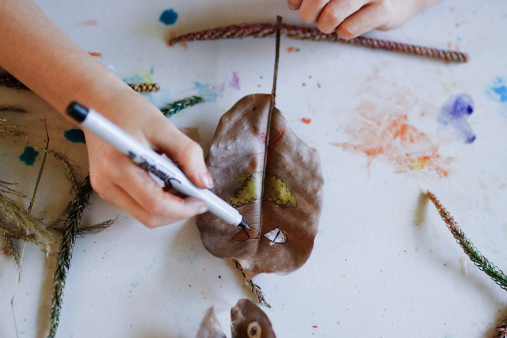 mom blog fall craft leaf creatures leaf craft autumn dad blog healthy mom blog traveling with kids Japan early learning homeschooling world schooling nature art opt outside Virginia California raising boys mother nature
